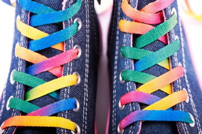Sneakers-with-Colored-Shoelaces