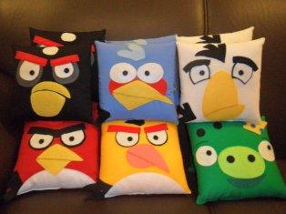 Almofadas dos Angry Birds. Angry Birds' pillows.